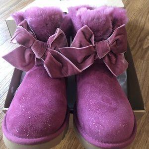 Brand new in box UGG GITA Twinkle Bow Mini boots
